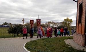 Крестный ход с воспитанниками детского сада
