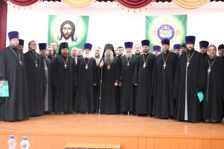 Благочинный Ракитянского округа принял участие в Рождественских чтениях Валуйской епархии